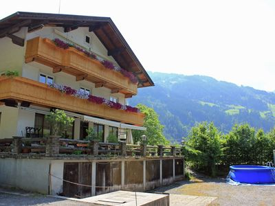 Photo for Attractive holiday apartment in a quiet and sunny location at the edge of Aschau