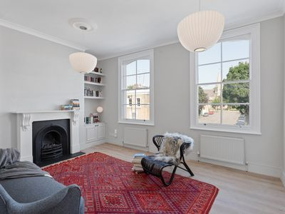 Photo for Chic 1Bed Terraced Apt, looks onto St Pauls