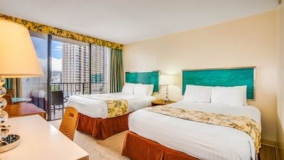 Photo for 2 Comfy Queen beds in Waikiki Studio Suite with Pool & BBQ area