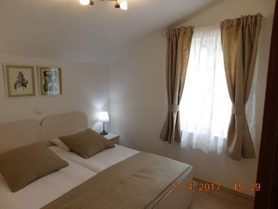Photo for Family and pet-friendly, wheelchair accessible, free parking and Wi-Fi