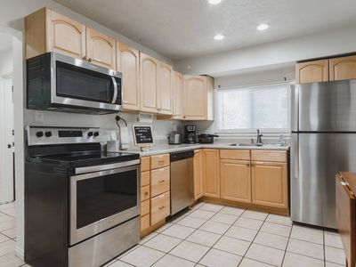 Photo for Full 4 bedroom home - close to everything - pet friendly