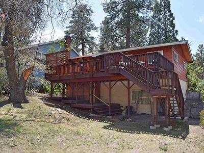 Photo for Oak Tree Retreat: Near Village! Spa! WiFi! BBQ! Fenced Yard! Deck! Pet Friendly!