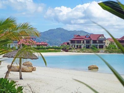 Eden Island: Private stair to the beach, quiet and peaceful, 2-4 guests, Wi-Fi