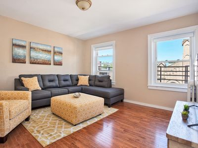 Photo for PERFECT 2BR/1BA MIN to NYC!!! Sleeps 6!!