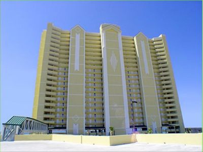Photo for Emerald Isle Beachfront;Free Beach Service;Reserved Parking;July 20-27 Available