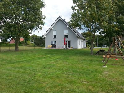 Photo for New, detached, gr. Families welcome. FH with sauna, fireplace, Internet,