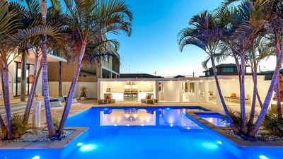 Photo for Luxurious Resort Living House Ocean Front With Heated Pool, Spa, Cabana & Views