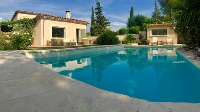 Photo for Provencale villa with private pool, air-conditioned 220m²