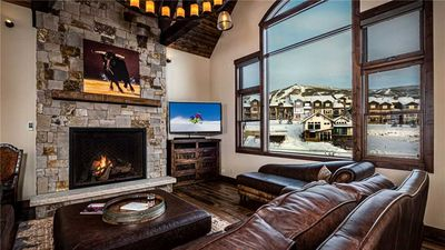 Photo for Exceptional & New + Movie Theatre + Hot Tub - Appaloosa Mtn Lodge