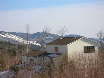 Luxury Contemporary Spacious Home with Spectacular Mountain Views