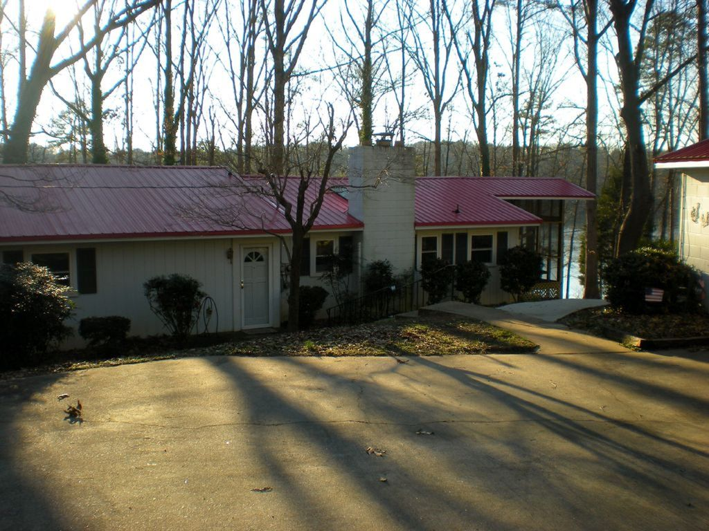 cabins com rental vacation usa cabin vrbo rentals clarkesville house lake in pin ga burton top hartwell from