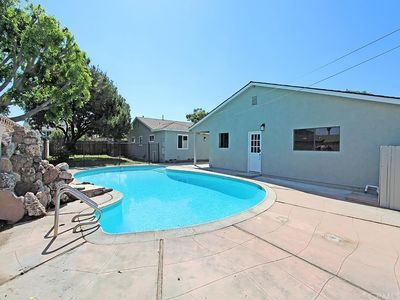 Bright Large Private 2 Bedroom Guest House With Pool
