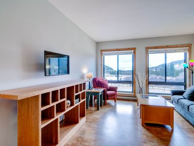 Photo for Walk to Peru Lift! Slopeside 2754 Studio Condo-Kids Ski Free