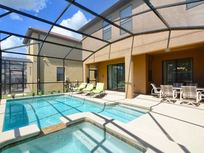 Photo for 2 Master Suites, Gameroom, Jacuzzi, BBQ Grill + Resort, Free Wifi, Modern Decor!