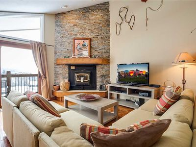 Photo for RA304 by Mountain Resorts: Minutes away from Summer Events * Excellent Amenities