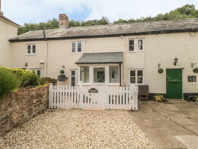 Photo for 1 Belle Vue Cottage, ROADWATER