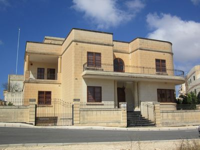 Photo for Holiday Villa in Zurrieq Malta. Close to Blue Grotto and historic sites.