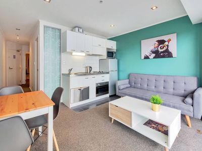 Photo for 【JHT】2 BRM, Queen St., Free Wifi, Netflix TV