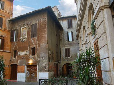 Photo for Parione Apartment, Sleeps 5 with Air Con and WiFi