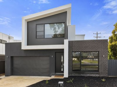 Photo for Norfolk Contemporary CBD Townhouse