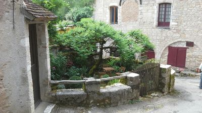 Photo for Rental of charm in Saint Cirq La Popie, medieval village in the Lot