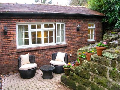 Photo for 1BR Cottage Vacation Rental in Frodsham