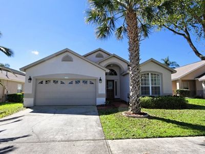 Photo for Beautiful Vacation Home Only Minutes to Disney World! Large 4 bedroom with Pool