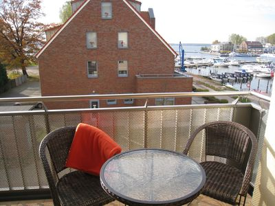 Photo for Exclusive apartment right on the harbor with lake view (**** DTV)