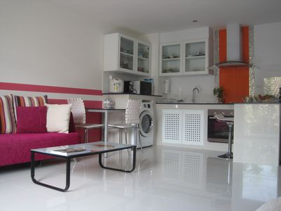 Photo for superb 54m2 apartment in the district of Lumphini Park Sathorn, Silom road