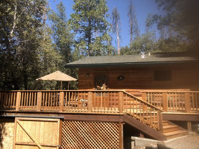 Photo for Cozy Bass Lake Cabin walk to  Pines Resort, 20 min to Yosemite