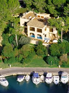 Photo for Waterfront  YACHT CLUB VILLA. Ideal location for yachting, golf and beaches.