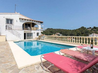 Photo for # Villa with Private Pool and Near Beach. Free WiFi
