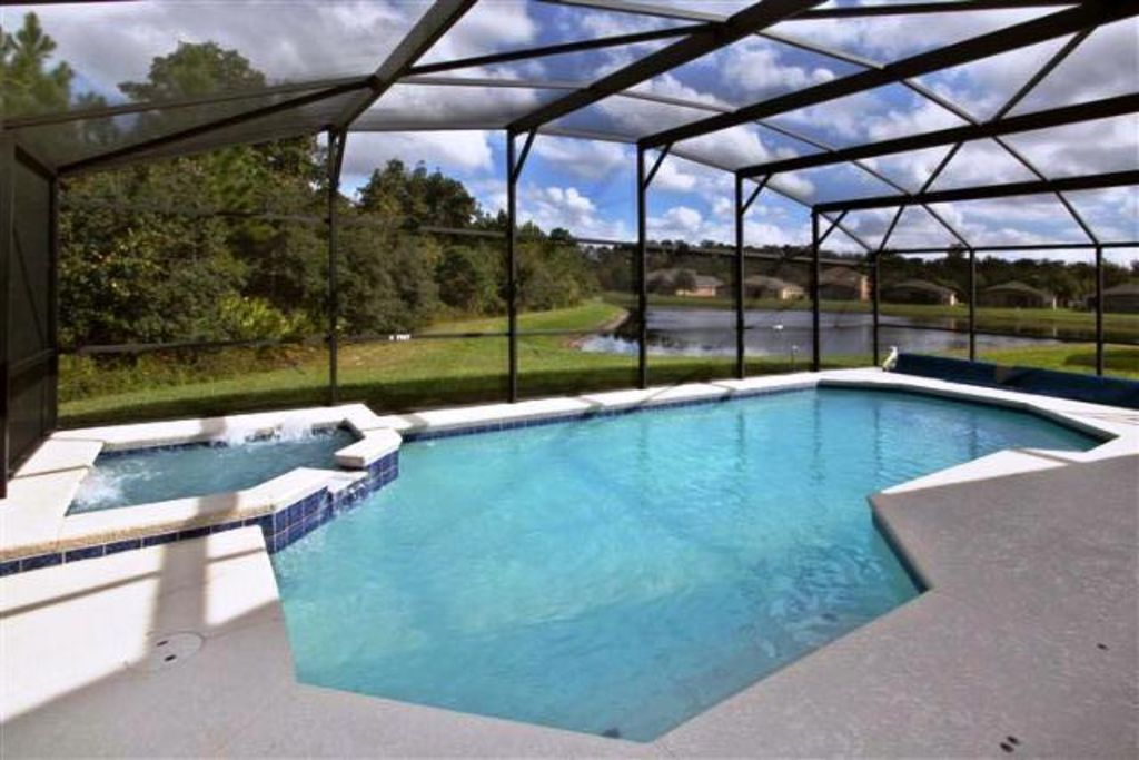 Zpdisney rental clean and spacious orlando disney for Florida pool homes
