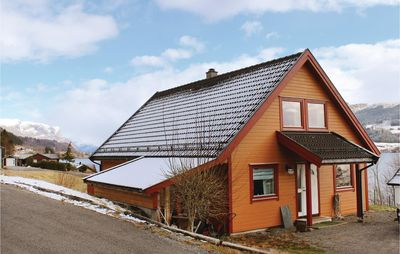 Photo for 3 bedroom accommodation in Holmedal