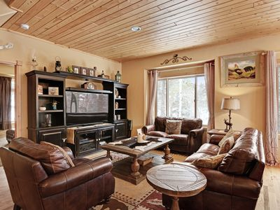 Photo for Cozy family house in the heart of the Pikes Peak region