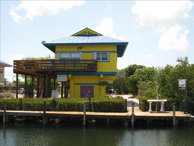 House on stilts with boat dock, fish cleaning table and plenty of charm.