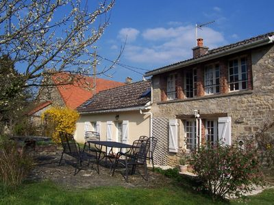 Photo for Cottage in the centre of a charming canal side village