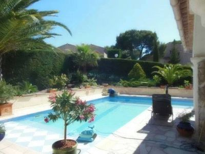 Photo for VILLA WITH SWIMMING POOL FOR 8 PERS, 10 'BEACHES + SHOPS NEARBY