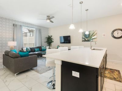 Photo for 4 Bedroom/3 Bathroom Storey Lake Townhome
