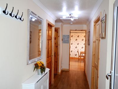 Photo for 3 Bedroom Apt- 5 beds + sofa bed - Free Wi-Fi, Parking & Netflix - UP TO 7 Sleep
