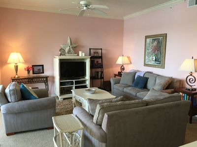 Photo for Beautiful Naples Heritage Golf Condo, Nov 2019 REDUCED $1,650, No cleaning fee