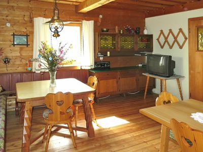 Photo for Nice apartment for 10 people with TV, balcony, pets allowed and parking