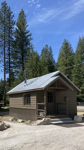 Homestead Living at Lake Wenatchee