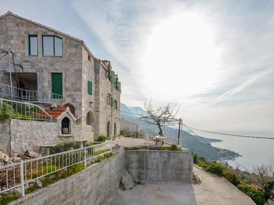Photo for Two bedroom apartment with terrace and sea view Brela (Makarska)
