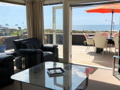 Photo for STUNNING BEACH FRONT HOUSE PRIME LOCATION IN CBD