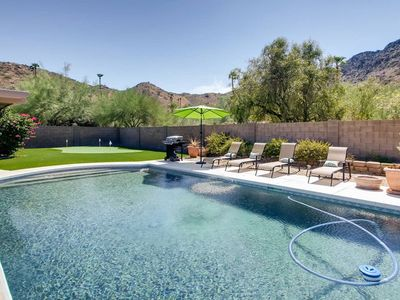 Heated Pool, City-Light Views, Close to Spring Training Baseball and Shopping