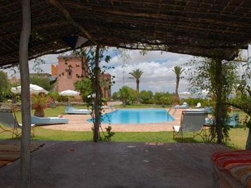 EXCLUSIVITY, Authentic Berber Kasbah, view on the Atlas, hammam, swimming pool ....