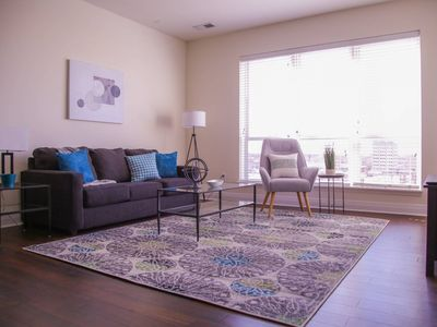 Photo for LUXE & MODERN DOWNTOWN 1BR W/ BALCONY NEAR DINING