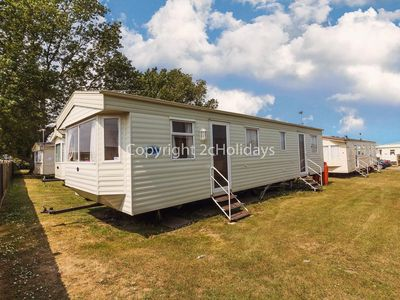 Photo for 6 berth caravan for hire at California cliffs in Great Yarmouth ref 50014