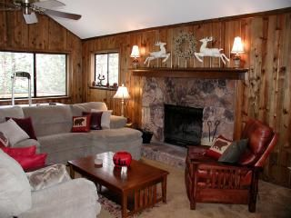 Photo for Beautiful Lake Arrowhead Vacation Home, Wifi, Beach Club, Popular Rental